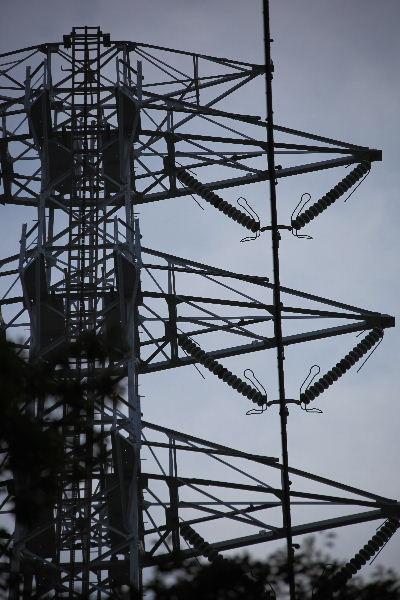 2011年11月鉄塔1-2.JPG